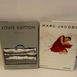 2 Fashion Books